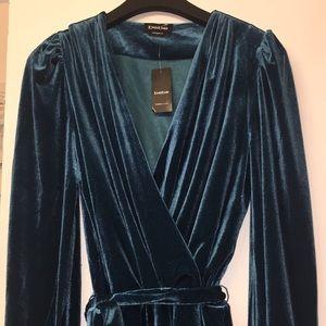 Long Sleeve Blue Velvet Knee Length Dress